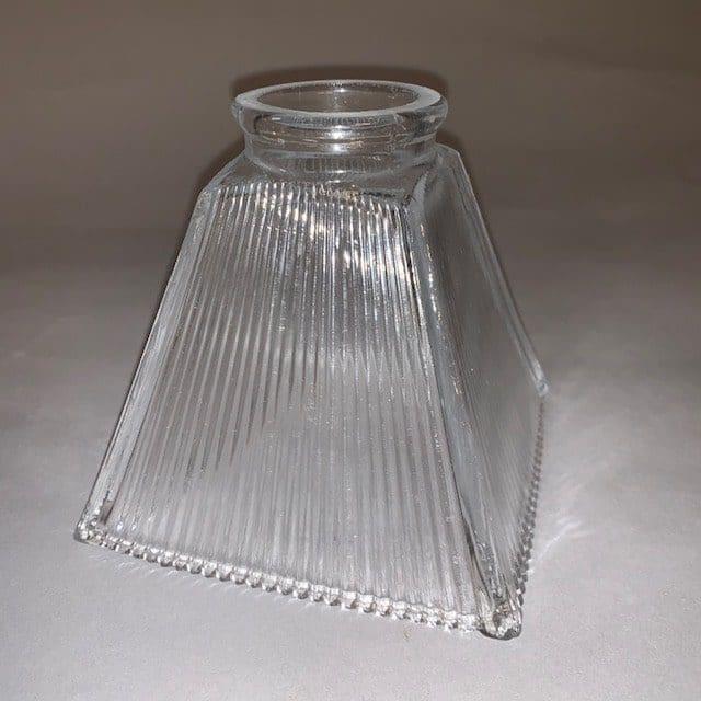 Jan-Best-nostalgische-verlichting-klassieke-verlichting-glas-voor-lamp-lampenkap-horeca-verlichting-aalsmeer