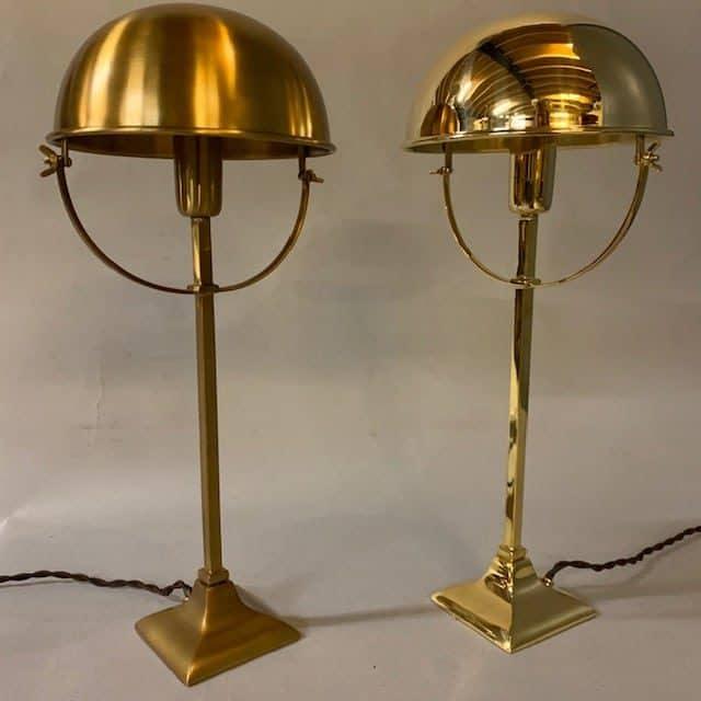 Jan-Best-nostalgische-landelijke-horeca-klassieke-verlichting-messing-bureau-tafel-lamp-aalsmeer