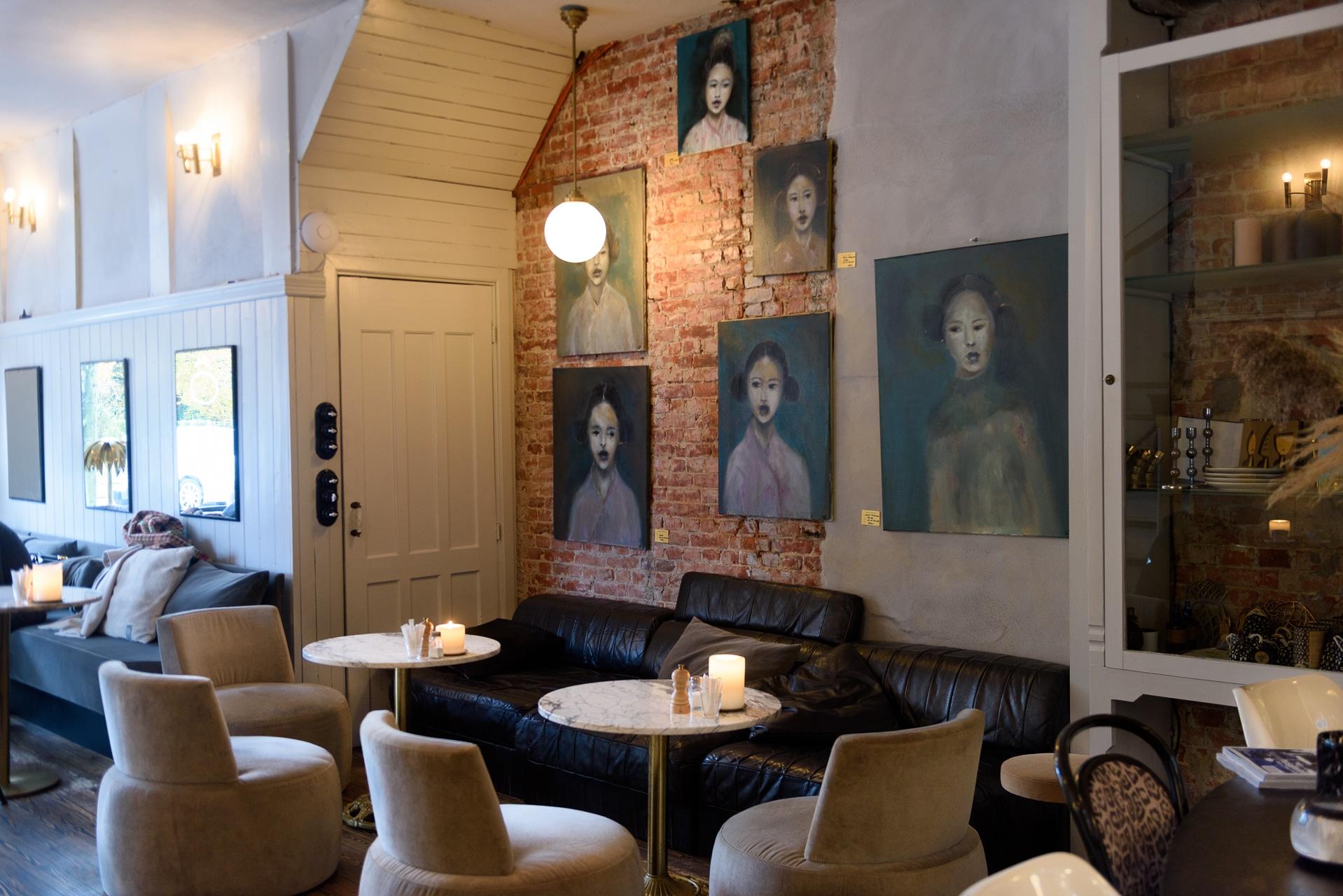 Côte Café & Interior
