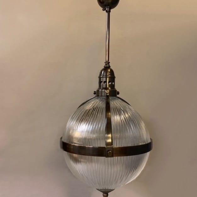 jan-best-landelijke-nostalgische-horeca-klassieke-messing-bronzen-hanglamp-verlichting-aalsmeer